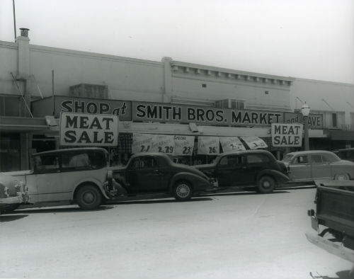 old-smith-bros-mkt-color001-opt500pixels-wide.jpg